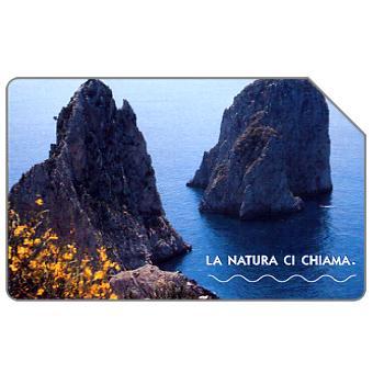 Phonecard for sale: La natura ci chiama, I Faraglioni di Capri, 31.12.2004, € 2,50