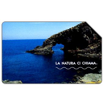 Phonecard for sale: La natura ci chiama, L'Arco dell'Elefante, 31.12.2004, € 2,50